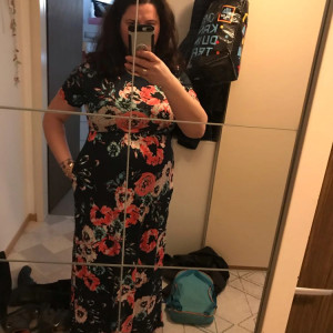 a34d1667c0b7 i LOVEthis dress.by1.74 high and5months pregnant and100kilo the xl is  wonderful and comes until the floor...has nice finishes and the material is  great.i ...